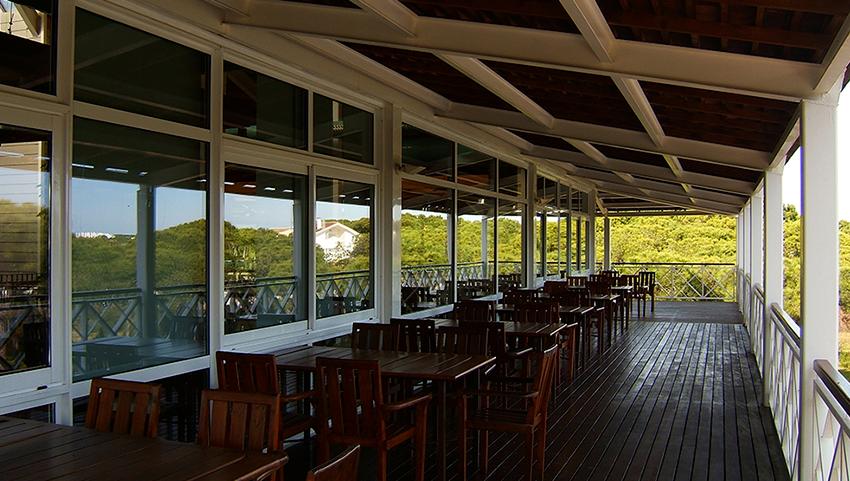 AC-el-portil-golf-terraza