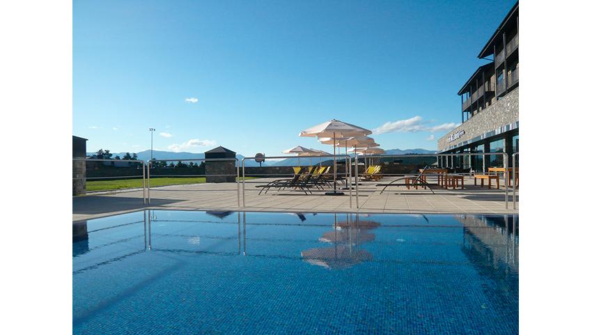 HG-Molina-piscina