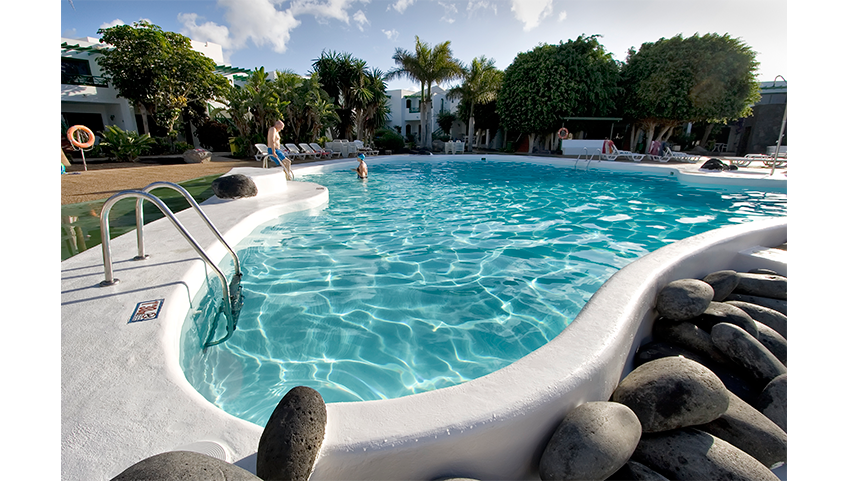 HG-lomo-blanco-piscina-detalle