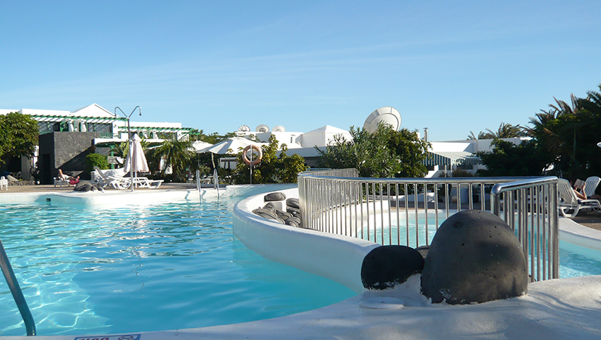 HG-lomo-blanco-piscina