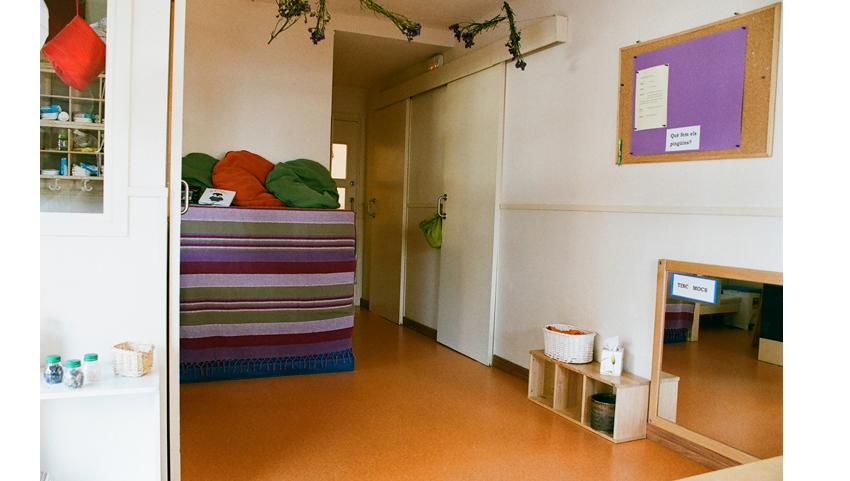 interior-aula-cuc-amb-botes