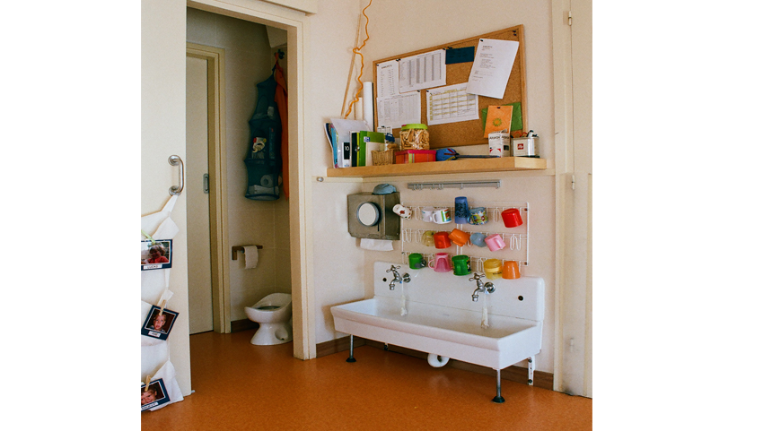 lavabo-cuc-amb-botes